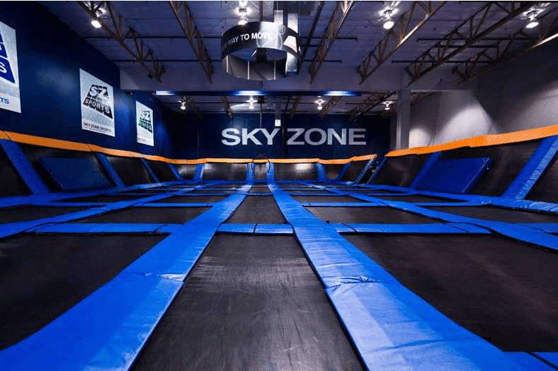 https://www.facebook.com/skyzoneusa/photos/a.582770621757067.1073741826.582736675093795/1306877769346345/?type=3&theater