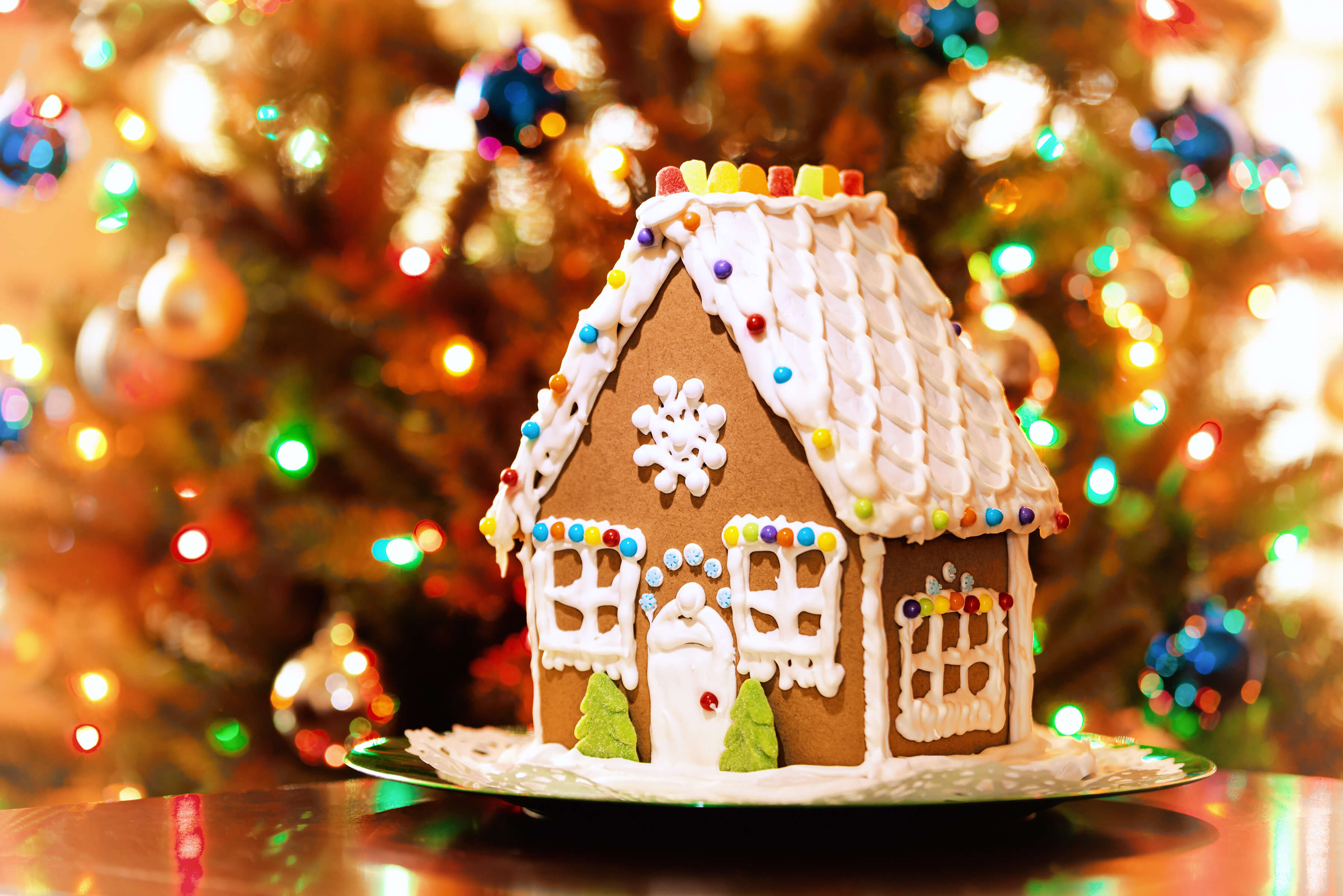Christmas Gingerbread House Background.Gingerbread House Decorating