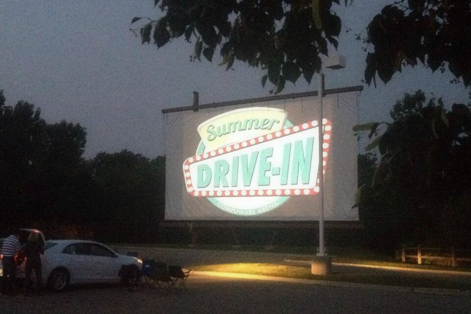 https://www.facebook.com/SummerDriveIn/photos/a.10152245647451374.1073741826.261387461373/10152358399706374/?type=3&theater