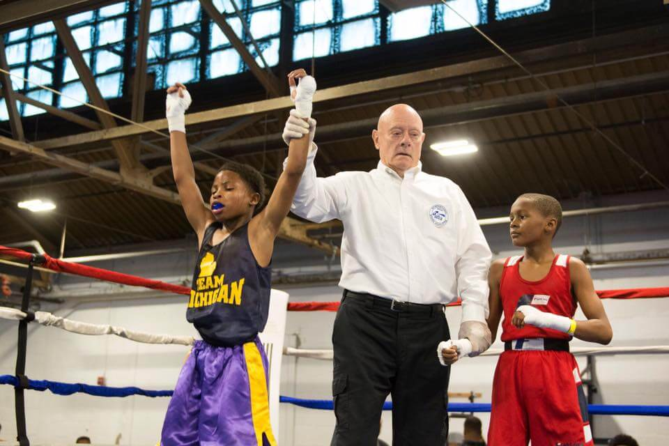 https://www.facebook.com/downtownboxing/photos/a.187903194589616.45092.187255234654412/1459150997464823/?type=3&theater