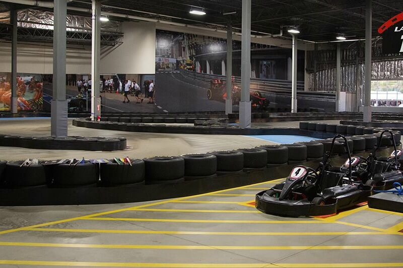 https://www.facebook.com/JDIndoorKarting/photos/a.203834003079493.44706.203828599746700/1121392814656936/?type=1&theater