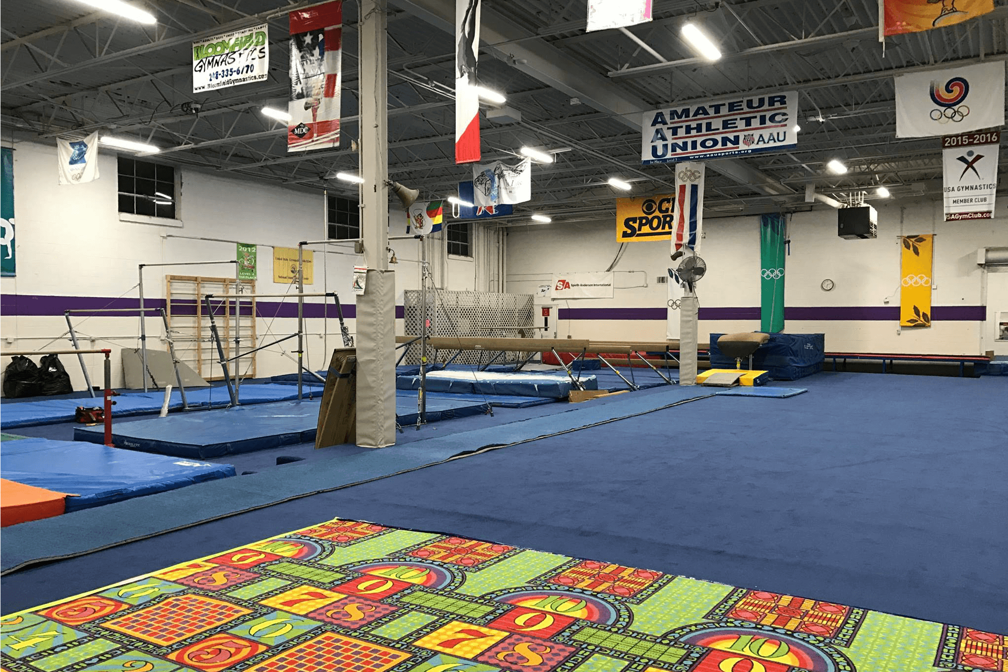 https://www.facebook.com/BloomfieldGymnastics/photos/a.10151216581312090.514769.75340072089/10154919653987090/?type=3&theater