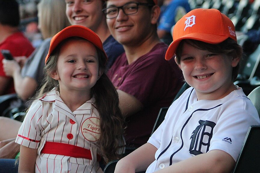 https://www.facebook.com/Tigers/photos/a.202506750520.262033.107977790520/10159059240805521/?type=3&theater