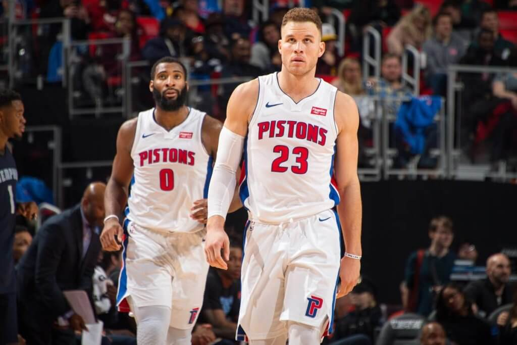 https://www.facebook.com/detroitpistons/photos/a.10156003413305295/10156003414135295/?type=3&theater