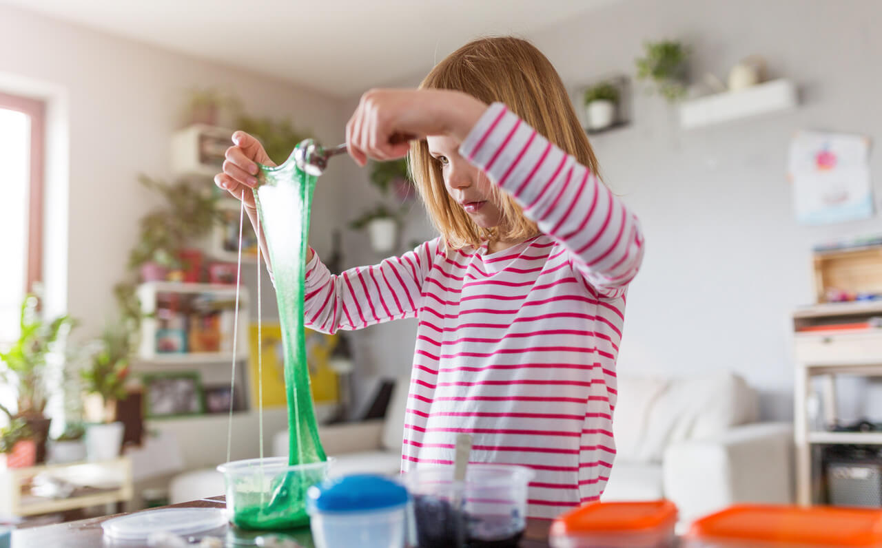 12 Stem Experiments Kids Can Create With Household Items